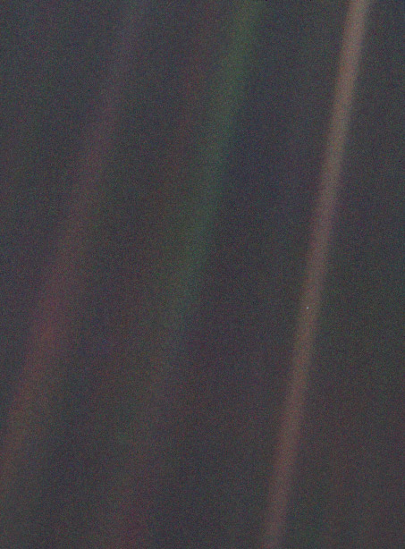 The Pale Blue Dot image.